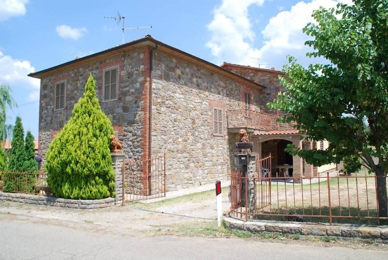 Casa indipendente in Vendita a Parrano Centro: 5 locali, 250 mq