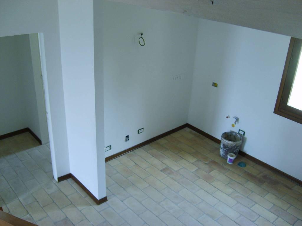 Appartamento in Affitto a Pianoro Periferia: 4 locali, 90 mq