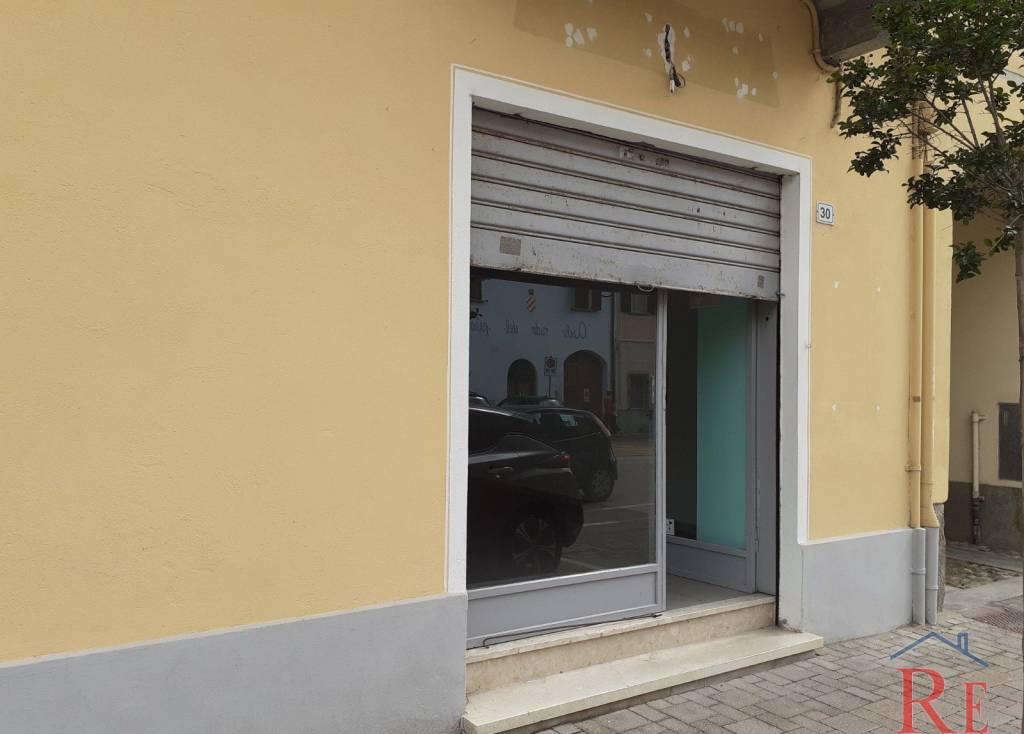 Negozio / Locale in affitto a Villafranca Piemonte, 3 locali, prezzo € 350 | PortaleAgenzieImmobiliari.it