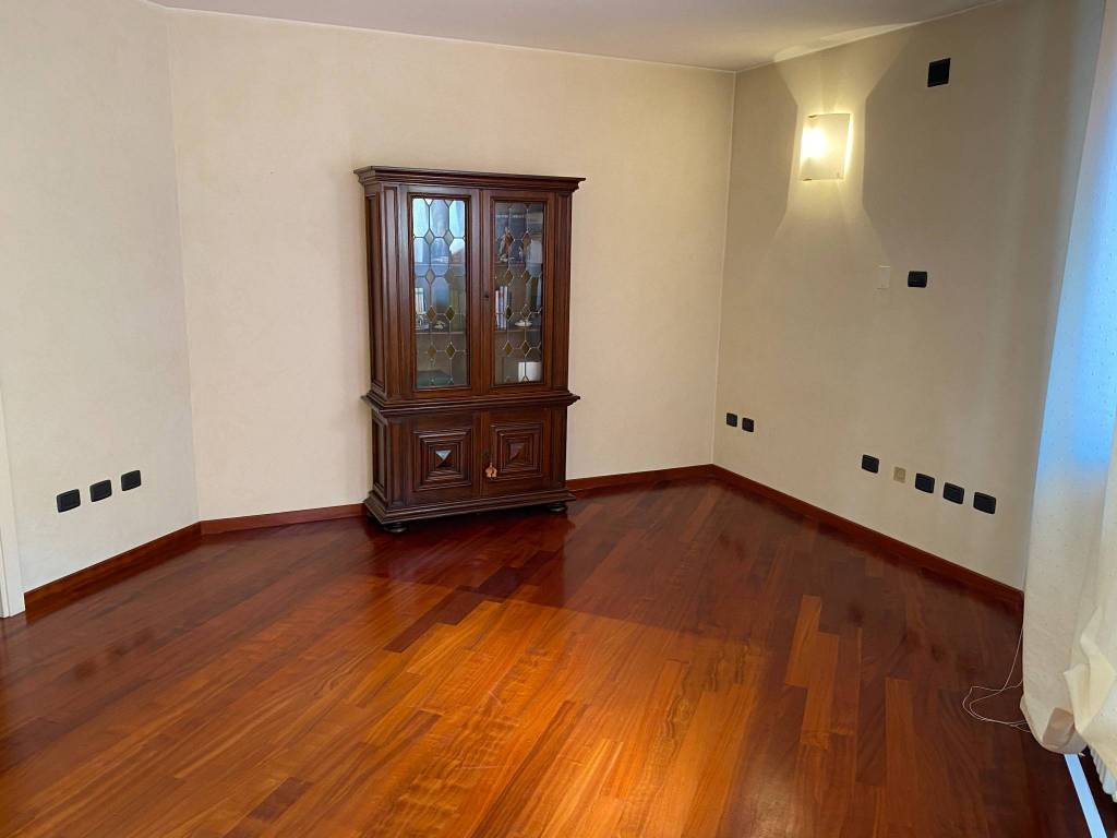 Appartamento in vendita a Viadana, 3 locali, prezzo € 155.000 | CambioCasa.it