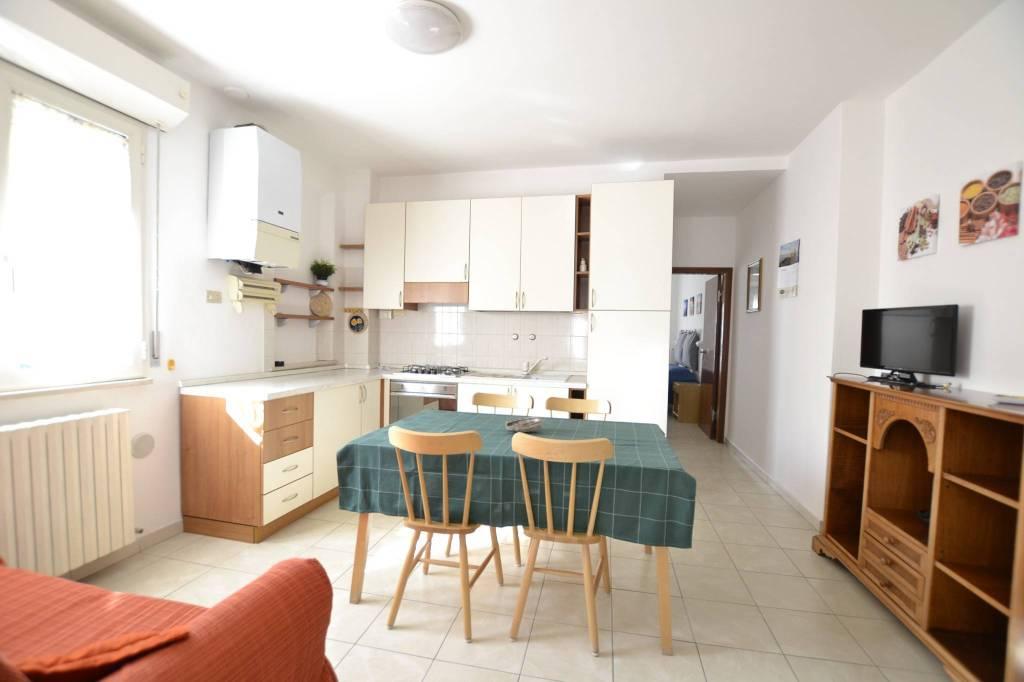 Appartamento in Affitto a Riccione Centro:  3 locali, 85 mq  - Foto 1