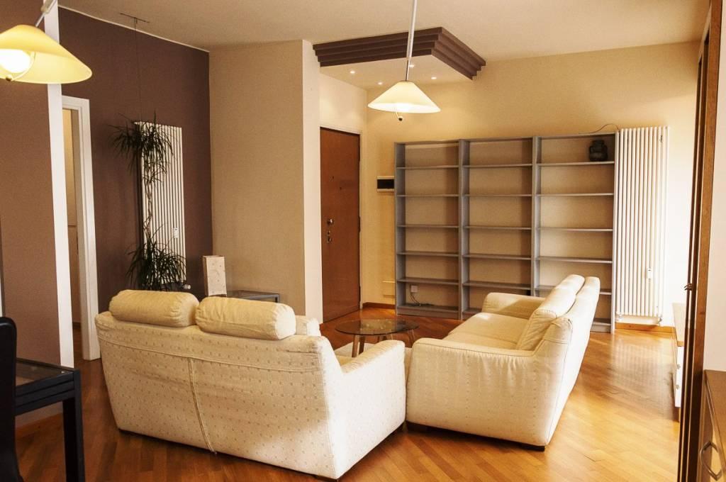 Attico / Mansarda in affitto a San Donato Milanese, 3 locali, prezzo € 880 | PortaleAgenzieImmobiliari.it