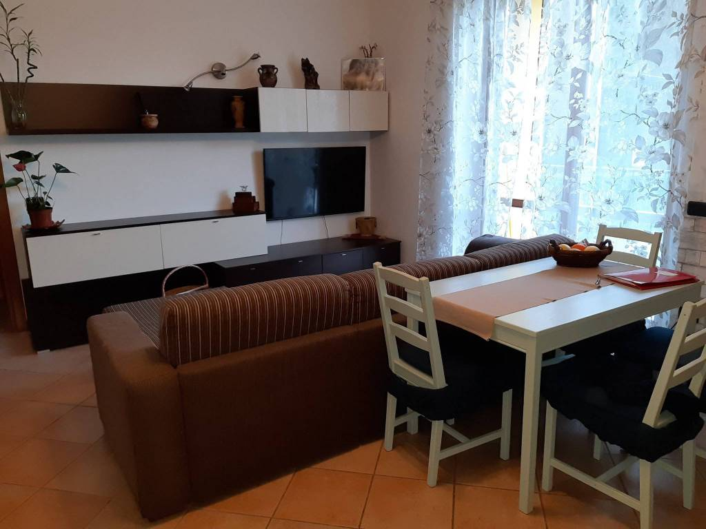 Appartamento in vendita a Faloppio, 3 locali, prezzo € 140.000 | PortaleAgenzieImmobiliari.it