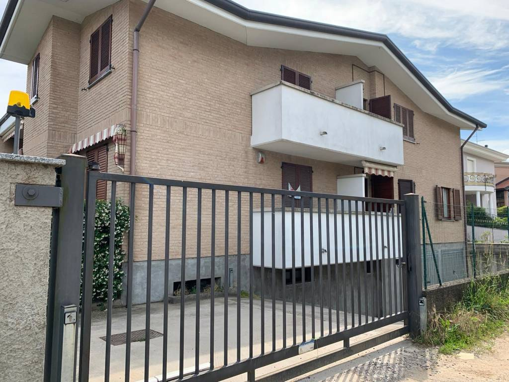 Appartamento in vendita a Misinto, 3 locali, prezzo € 229.000 | CambioCasa.it