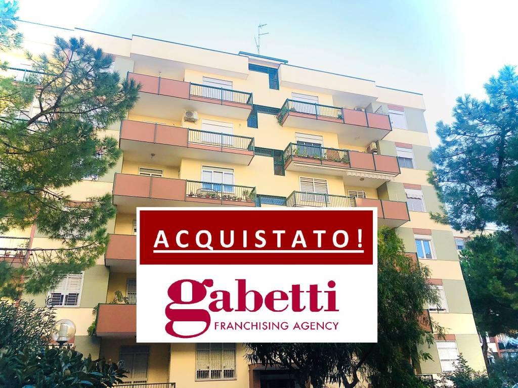 Appartamento in vendita a Bari, 5 locali, prezzo € 250.000 | CambioCasa.it