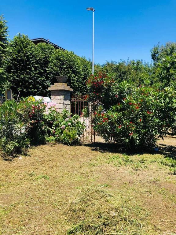 Foto 1 di Villa corso Lisa Onorio 27, Cambiano