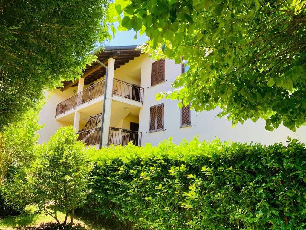 Attico / Mansarda in affitto a Buguggiate, 6 locali, prezzo € 800 | PortaleAgenzieImmobiliari.it