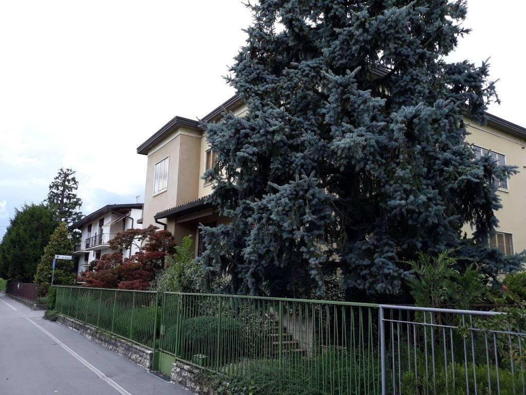 Villa in vendita a Bergamo, 8 locali, prezzo € 470.000   PortaleAgenzieImmobiliari.it