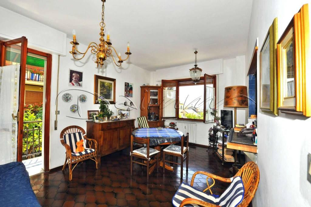 Appartamento in vendita a Rapallo, 3 locali, prezzo € 225.000 | CambioCasa.it