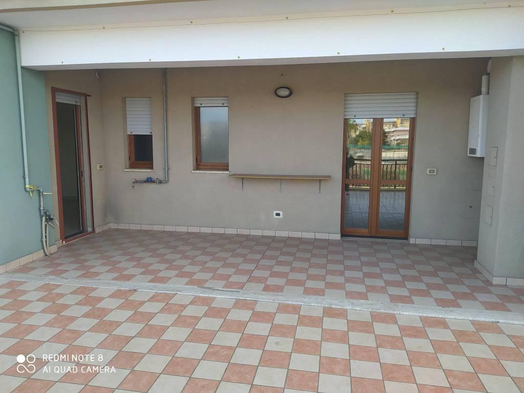Appartamento in vendita a Taranto, 4 locali, prezzo € 149.000 | PortaleAgenzieImmobiliari.it