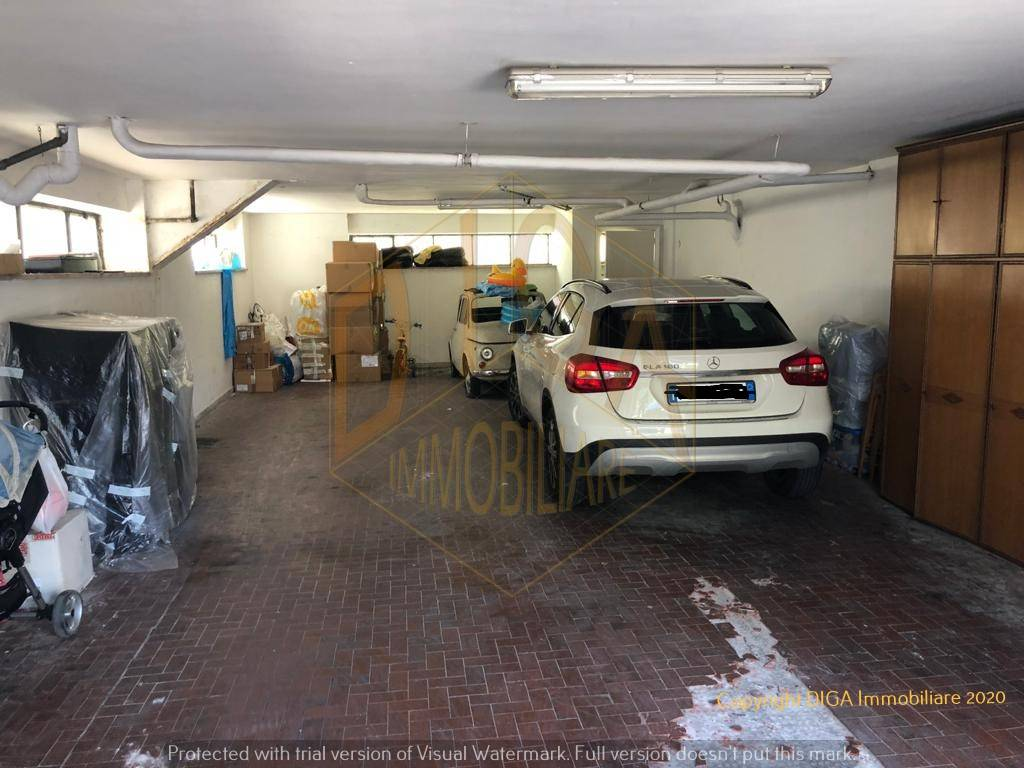 Ampio Box Auto in Vendita Sorrento Rif. 8900302