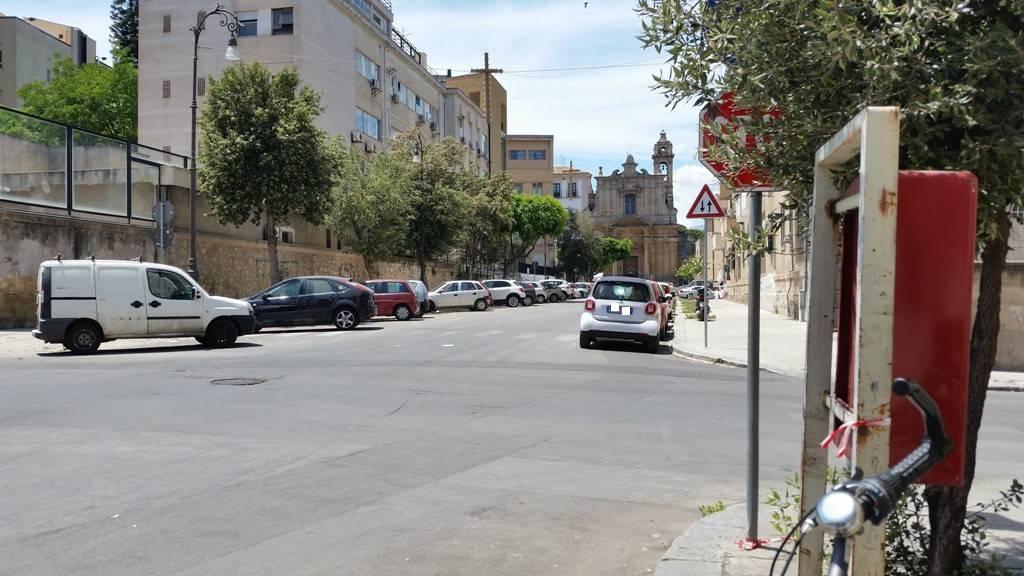 Appartamento in Vendita a Palermo Centro: 1 locali, 52 mq