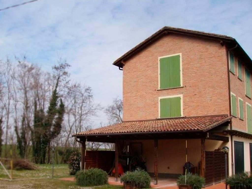 Foto 1 di Appartamento via delle Armi, Ozzano Dell'emilia