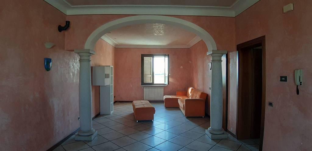 Appartamento in vendita a Lograto, 3 locali, prezzo € 110.000 | CambioCasa.it