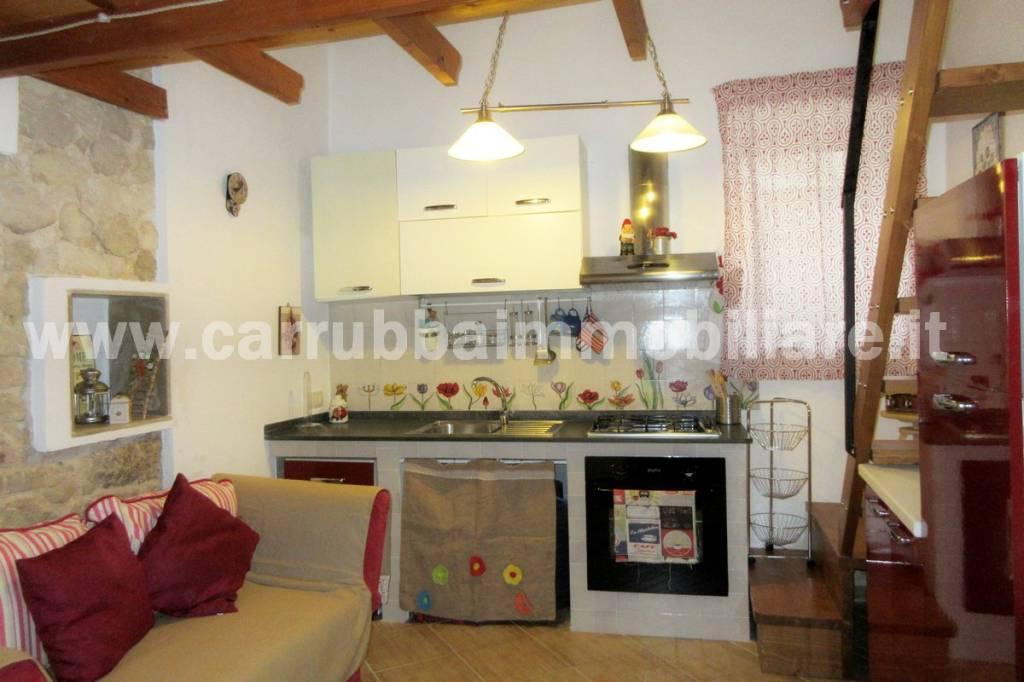 Casa indipendente in Vendita a Scicli Centro: 2 locali, 36 mq