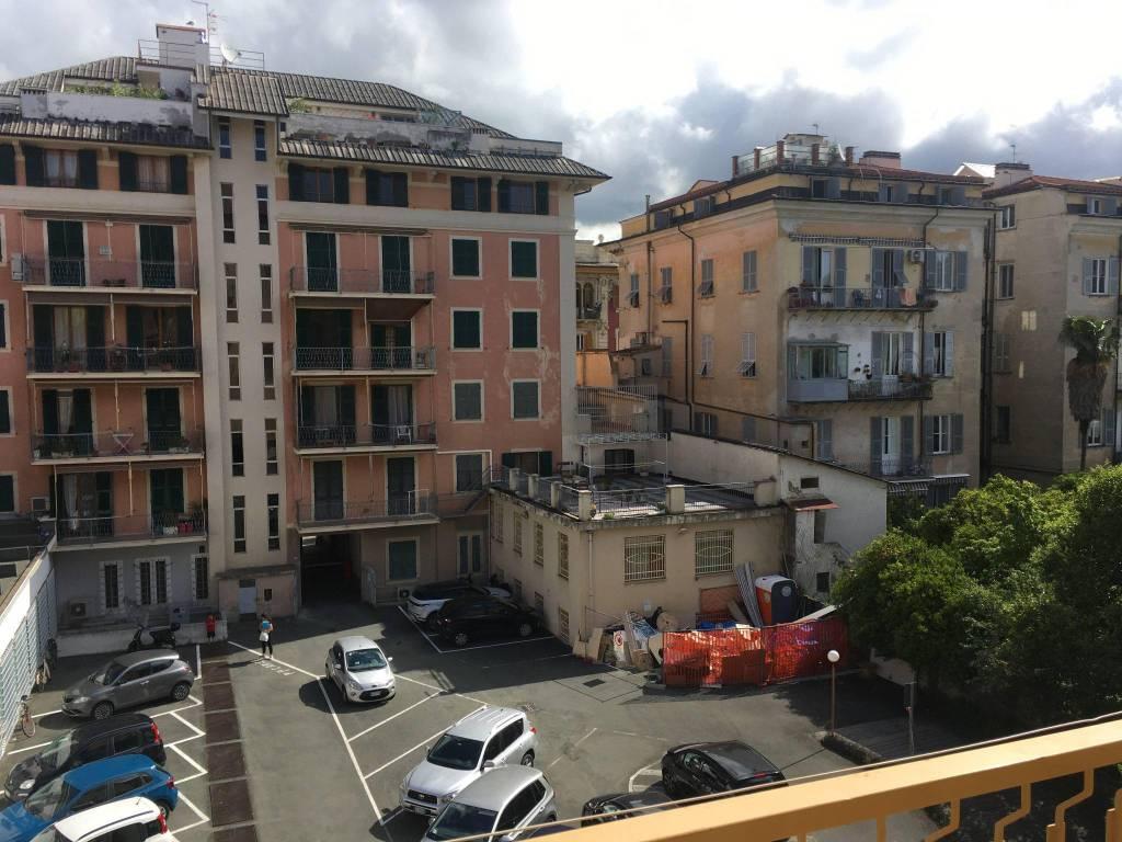 Appartamento in affitto a Chiavari, 2 locali, prezzo € 700 | CambioCasa.it
