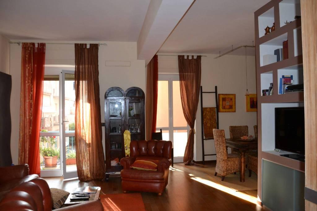 Appartamento in vendita a Alassio, 4 locali, Trattative riservate | CambioCasa.it