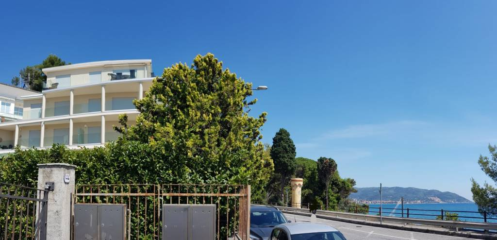 Appartamento in vendita a Diano Marina, 2 locali, prezzo € 299.000 | CambioCasa.it