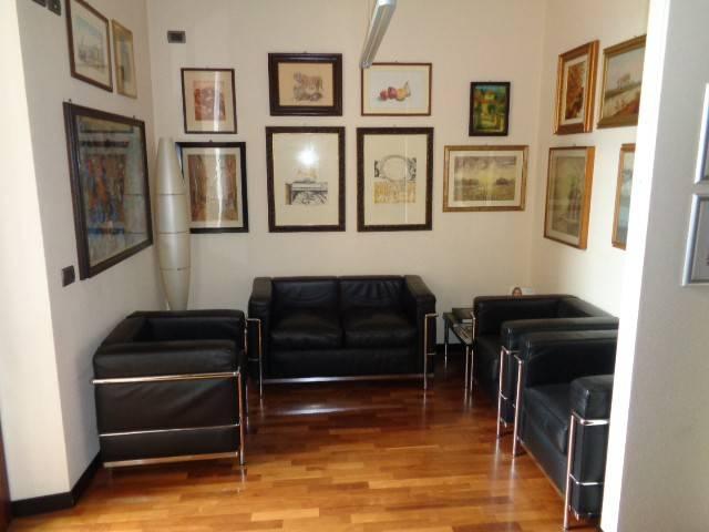 Ufficio / Studio in vendita a Cremona, 4 locali, Trattative riservate | PortaleAgenzieImmobiliari.it