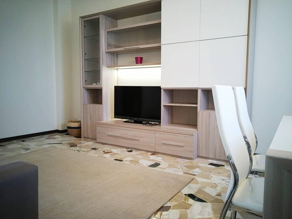 Appartamento in affitto a San Donato Milanese, 3 locali, prezzo € 1.350 | PortaleAgenzieImmobiliari.it