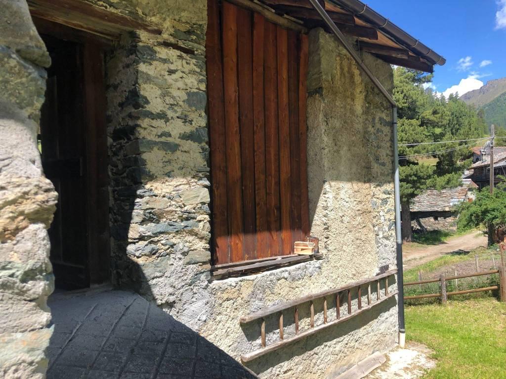 Appartamento in vendita a Brusson, 3 locali, prezzo € 120.000 | CambioCasa.it