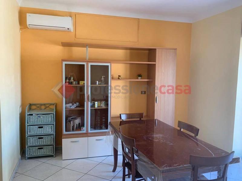 Appartamento in Vendita a Catania Centro: 5 locali, 140 mq