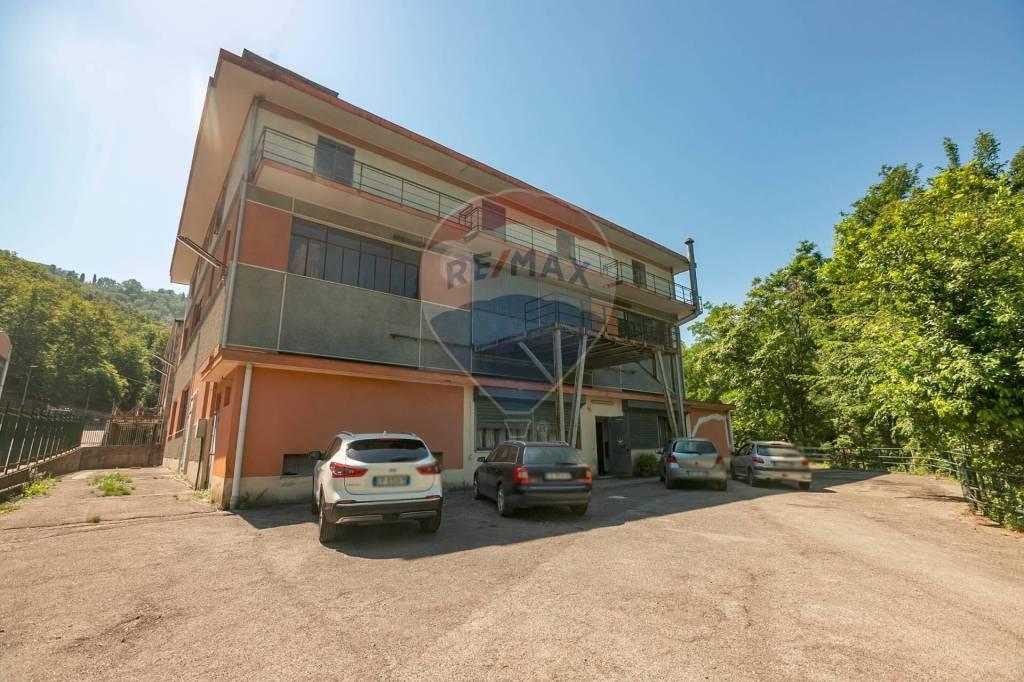 Capannone in vendita a Rapallo, 6 locali, prezzo € 850.000 | PortaleAgenzieImmobiliari.it