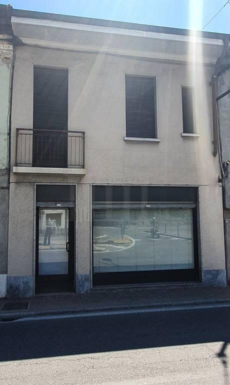 Negozio / Locale in vendita a Cavaria con Premezzo, 3 locali, prezzo € 78.000 | CambioCasa.it