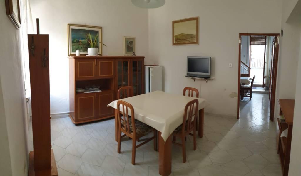 Soluzione Indipendente in vendita a Civitanova Marche, 4 locali, prezzo € 160.000 | CambioCasa.it