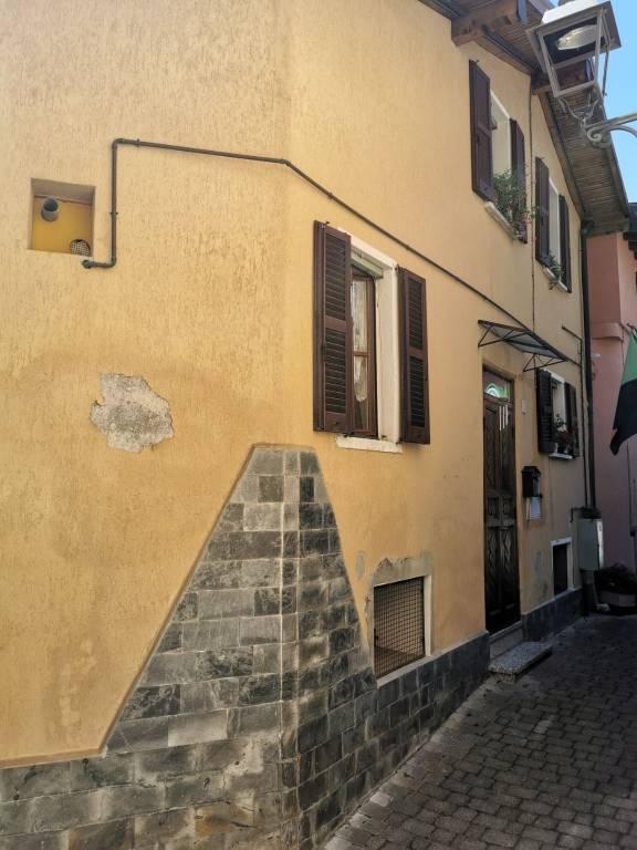 Soluzione Indipendente in vendita a Cerano d'Intelvi, 6 locali, prezzo € 59.000 | PortaleAgenzieImmobiliari.it