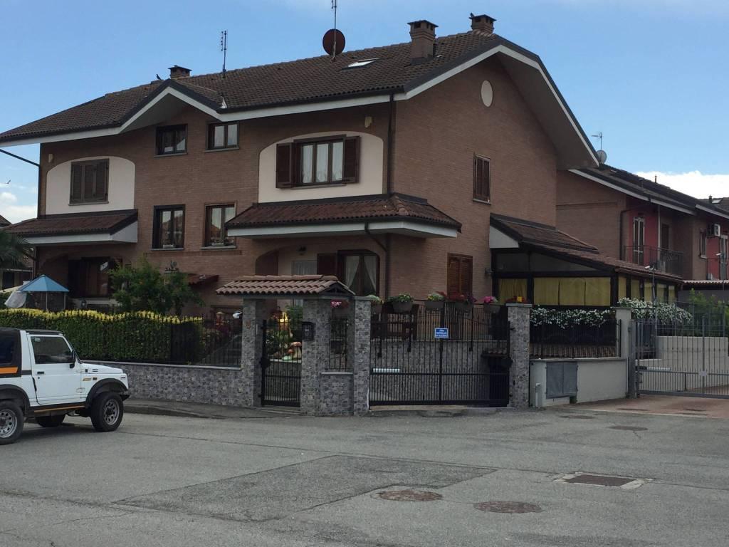 Villa in vendita a Volvera, 6 locali, prezzo € 395.000 | CambioCasa.it