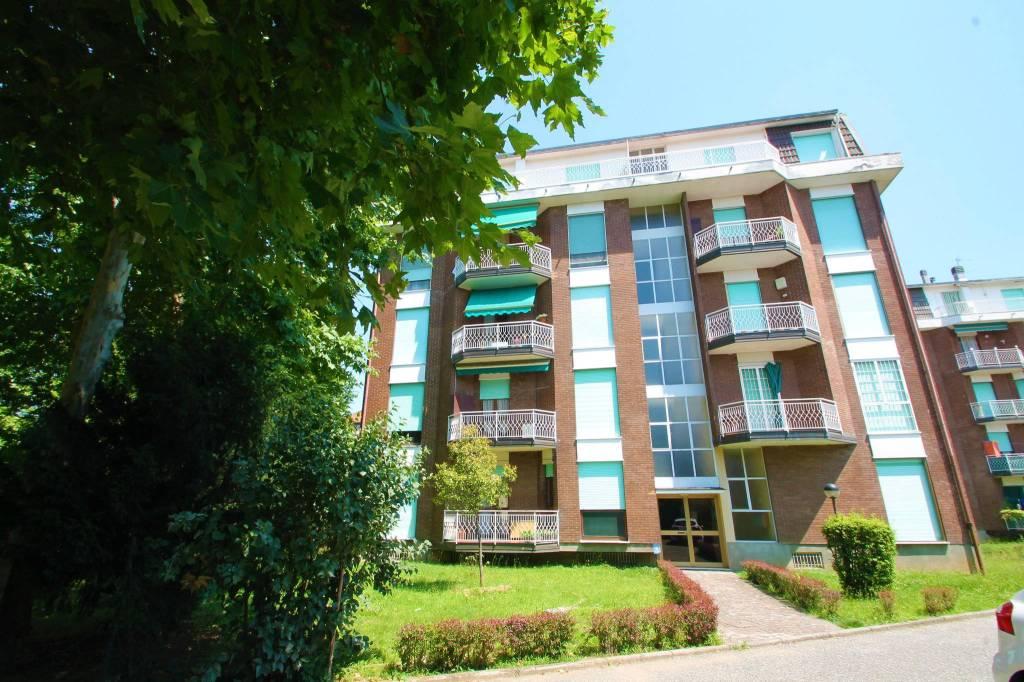 Appartamento in vendita a Cambiago, 3 locali, prezzo € 94.000 | CambioCasa.it
