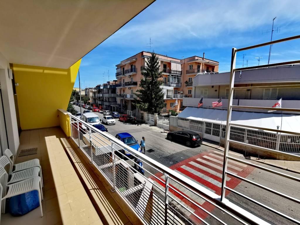 Appartamento in vendita a Capurso, 2 locali, prezzo € 170.000   CambioCasa.it