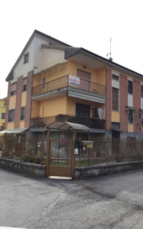 Appartamento in vendita a San Damiano d'Asti, 3 locali, prezzo € 65.000 | PortaleAgenzieImmobiliari.it