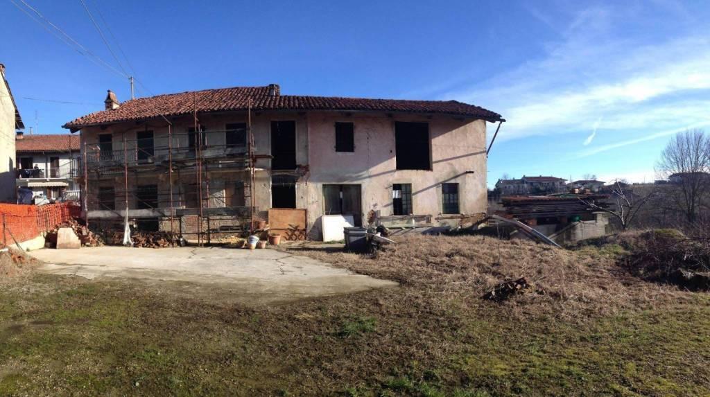Soluzione Indipendente in vendita a Montà, 10 locali, prezzo € 89.000 | PortaleAgenzieImmobiliari.it