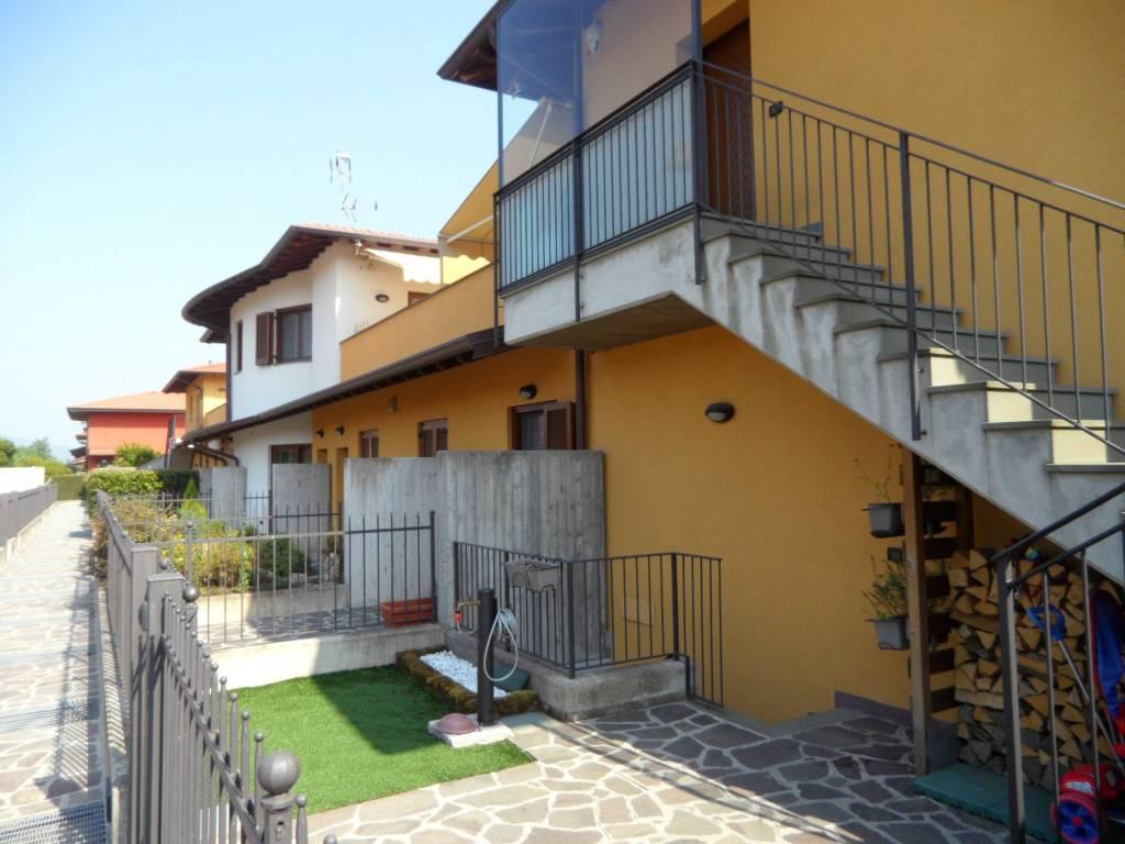 Appartamento in vendita a Bagnatica, 3 locali, prezzo € 210.000 | CambioCasa.it