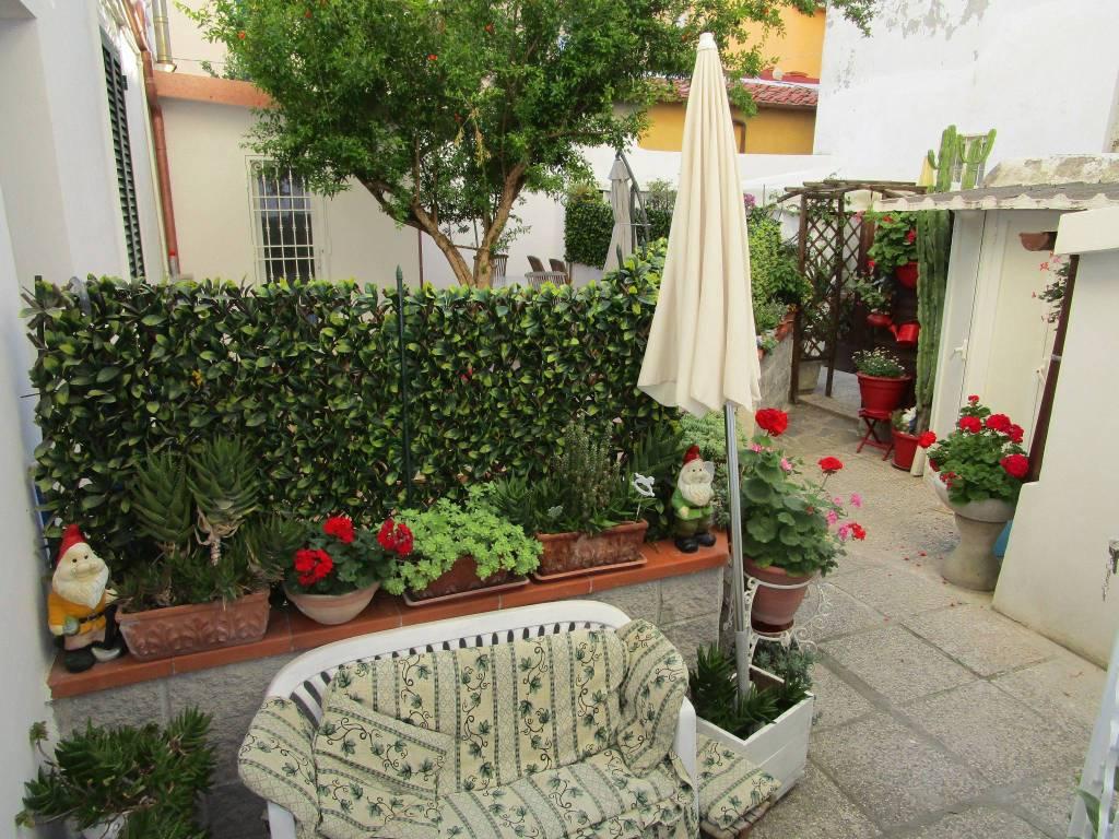 Appartamento in Vendita a Livorno Periferia Sud: 4 locali, 94 mq