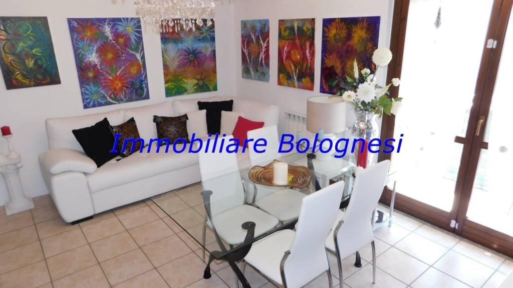 Appartamento in vendita a Cardano al Campo, 2 locali, prezzo € 78.000 | CambioCasa.it