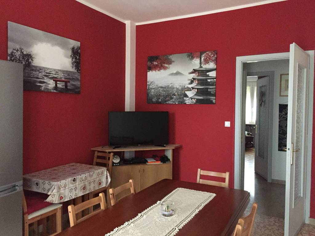 Appartamento in vendita a Beinasco, 3 locali, prezzo € 115.000 | CambioCasa.it