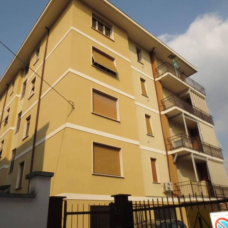 Appartamento in affitto a La Loggia, 4 locali, prezzo € 600 | PortaleAgenzieImmobiliari.it