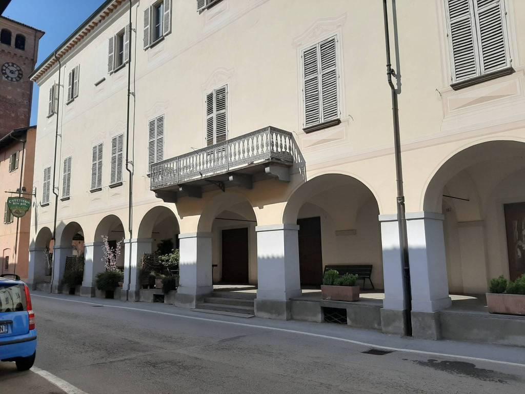 Appartamento in vendita a Cherasco, 3 locali, Trattative riservate | CambioCasa.it