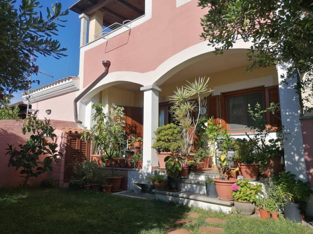 Villa in ottime condizioni in vendita Rif. 8804839