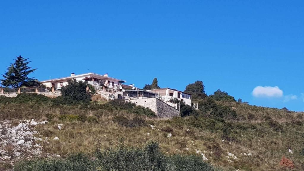 Villa in vendita a Itri, 5 locali, prezzo € 650.000 | CambioCasa.it