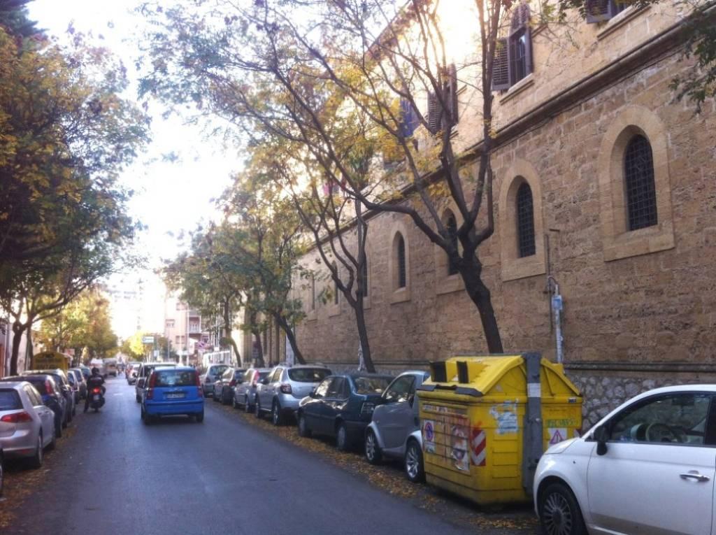 Magazzino in Affitto a Palermo Centro: 1 locali, 230 mq