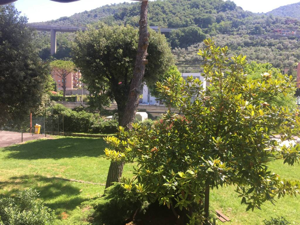 Appartamento in vendita a Recco, 4 locali, prezzo € 195.000 | PortaleAgenzieImmobiliari.it