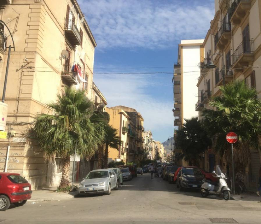 Attico in Vendita a Palermo Centro:  3 locali, 89 mq  - Foto 1