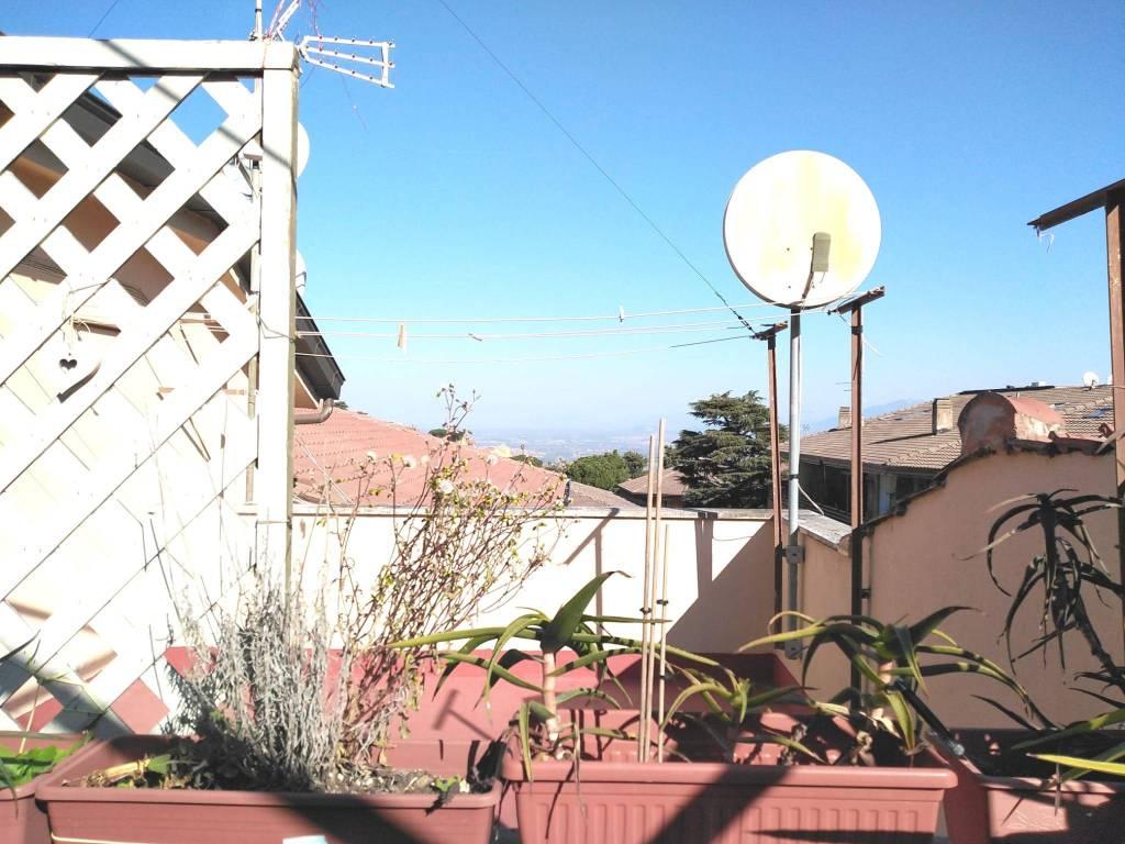 Monte Porzio Catone Bilocale con terrazza panoramica