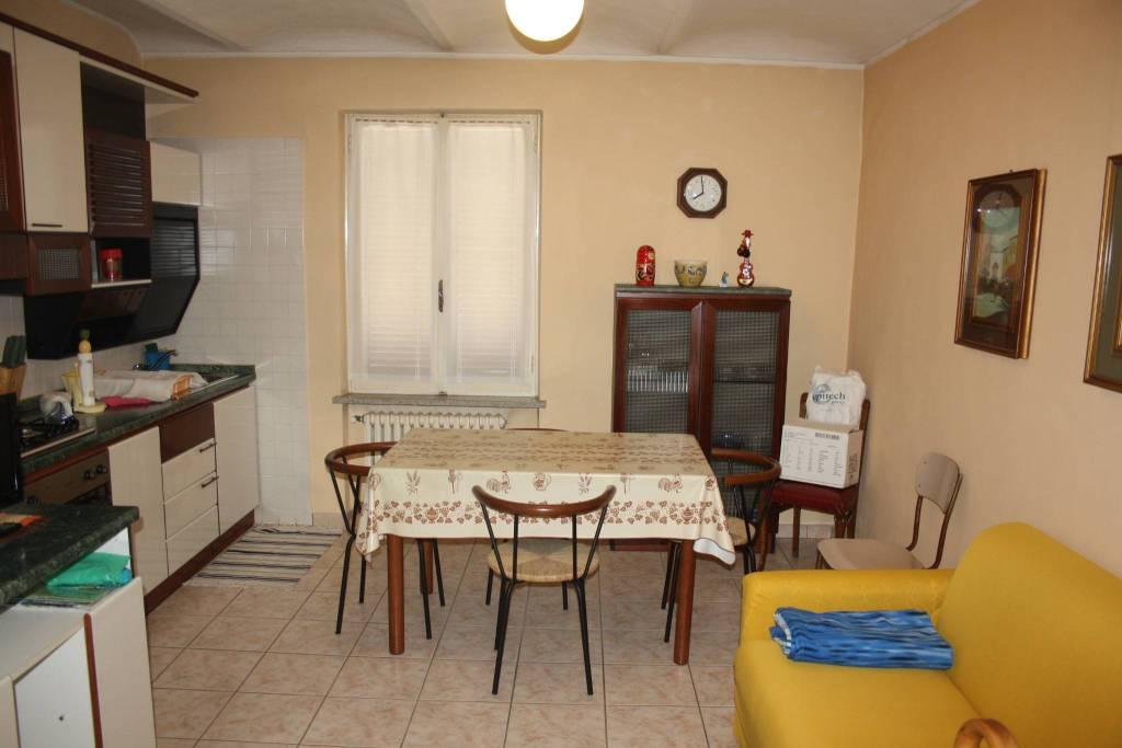 Attico / Mansarda in affitto a Castagnole delle Lanze, 2 locali, prezzo € 260 | PortaleAgenzieImmobiliari.it