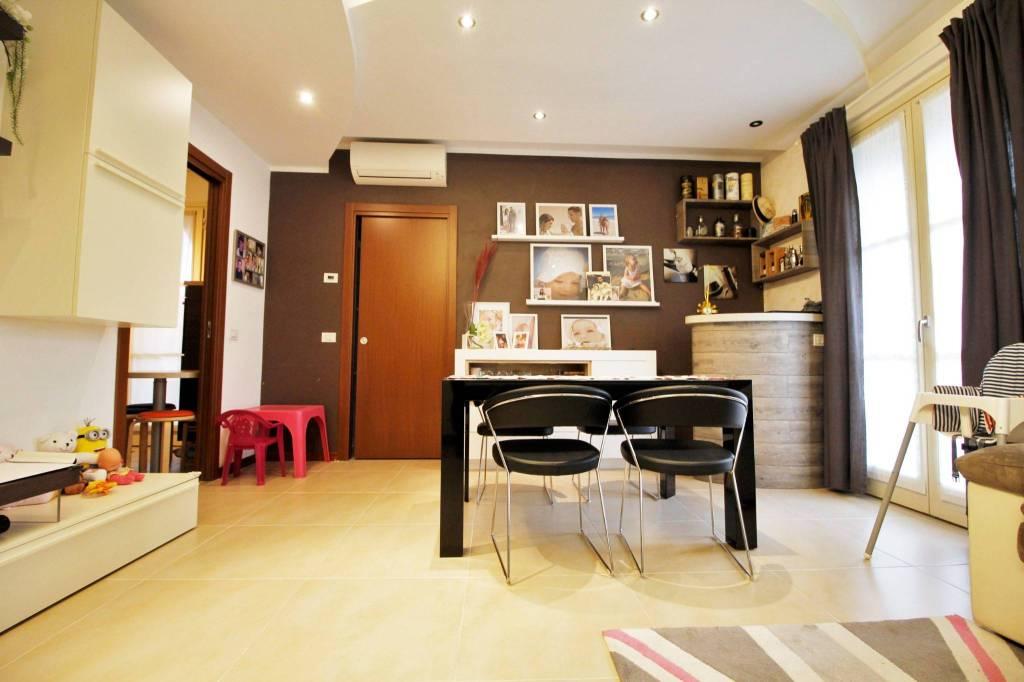 Appartamento in vendita a Parabiago, 3 locali, prezzo € 199.000 | PortaleAgenzieImmobiliari.it