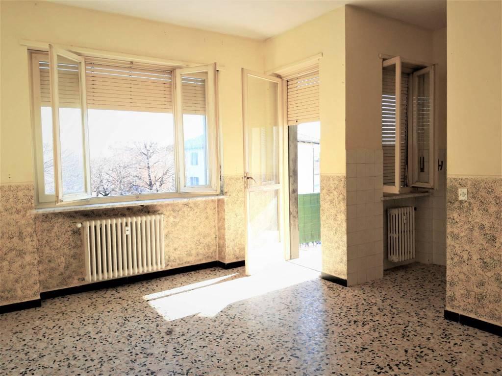 Appartamento in affitto a Rivarolo Canavese, 4 locali, prezzo € 385 | PortaleAgenzieImmobiliari.it